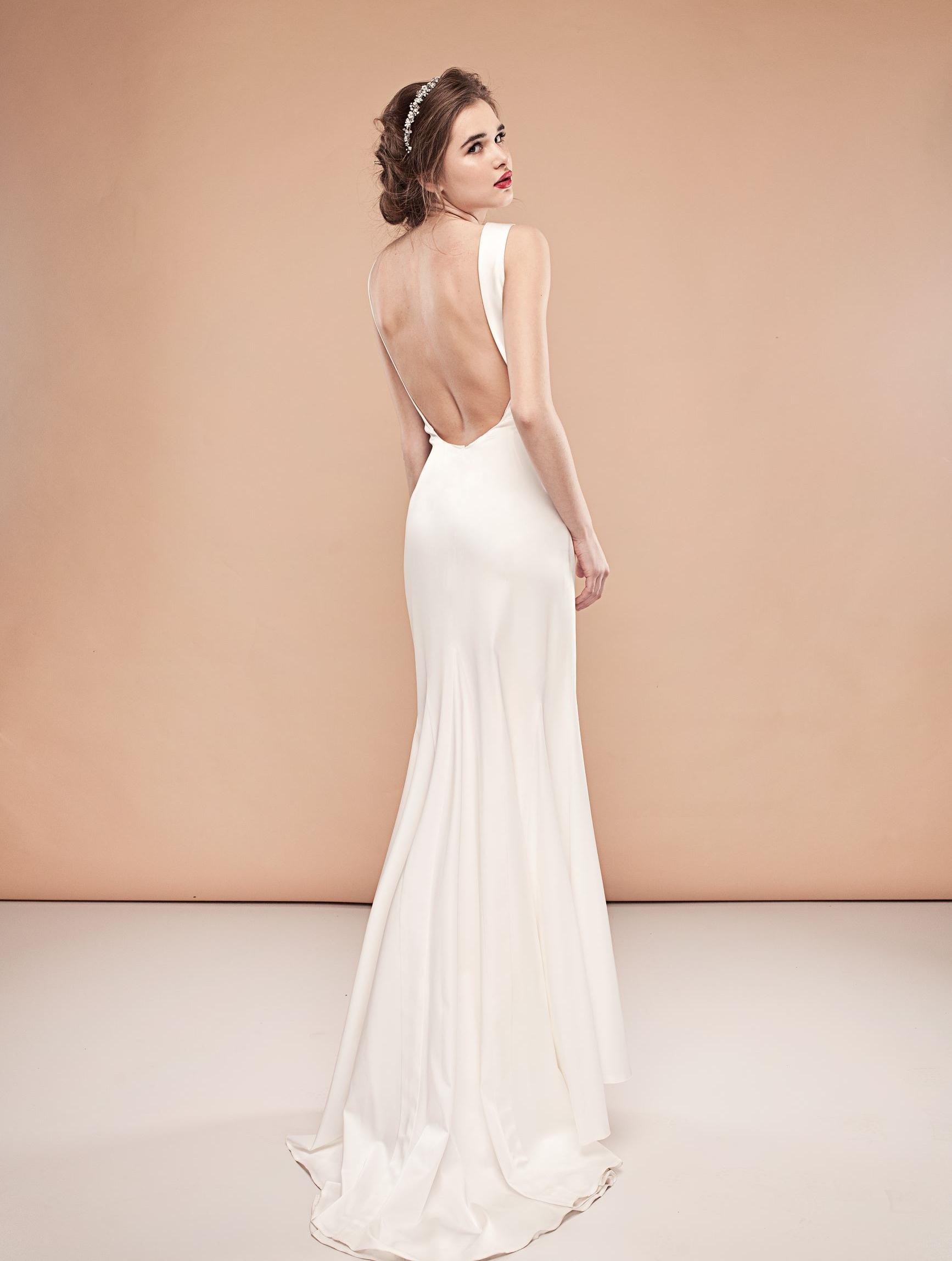 Фото свадебных платьев 2015 не пышные